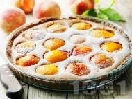Вкусен домашен кекс / сладкиш с пресни праскови и пудра захар